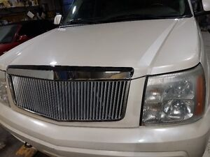 CADILLAC ESCALADE LOW KMS.. PRICE REDUCED