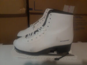 Ladies Ice Figure Skates for Sale