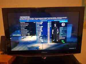 SAMSUNG HD LCD (MINT CONDITION)