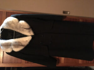 Vintage dress coat with real fur