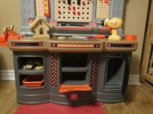 Step 2 Home Depot Tool Bench Kitchener / Waterloo Kitchener Area image 3