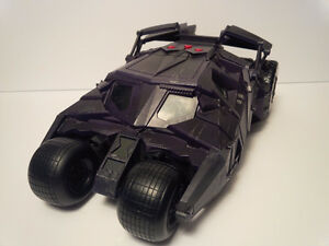 Batman Dark Knight Batmobile/Tumbler Battle Damage Variant 2006