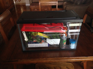 Five Gallon Aquarium- No Cracks Or Leaks