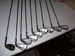 RIGHT HANDED GOLF CLUB SET Cambridge Kitchener Area image 3