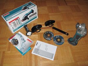 Makita DGA452Z 4-1/2-Inch Cordless Angle Grinder Kit