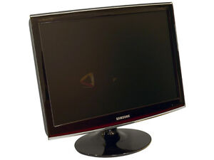 Mint, Clean - Samsung SyncMaster T220 LCD Monitor 22""