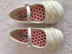 Girls Dress Shoes Oakville / Halton Region Toronto (GTA) image 1