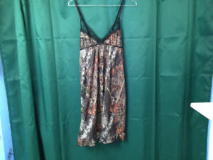 Wilderness Dreams Camouflage & Lingerie  both pieces $25.00