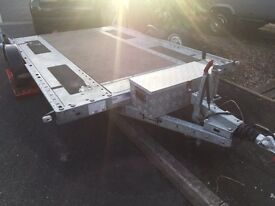 Brian James trailer with motor mover