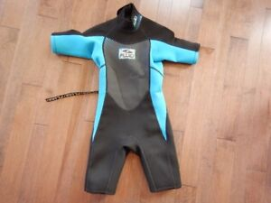 Size 8 youth wet suit