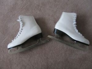 Ladies Figure Skates Size 8