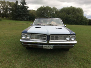 1964 convertible Pontiac Tempest could convert to GTO Clone