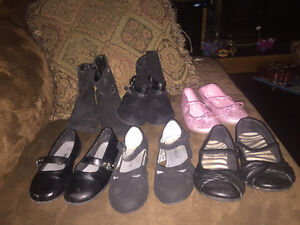 Girls sz 8 toddler shoes