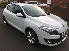 2013 Renault megane tom tom only 12,700 miles immaculate