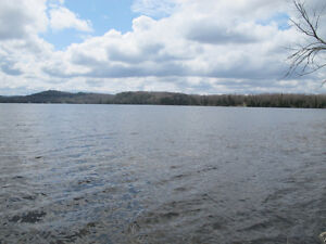 LOOKING FOR LARGE PARCEL OF LAKEFRONT LAND IN THE GATINEAU'S Gatineau Ottawa / Gatineau Area image 2