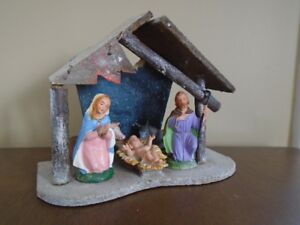Ancienne creche de Noel 5 personnages made in  Italy