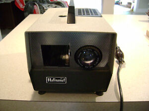 Halinamat 300 Slide Projector with Trays