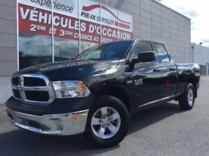 "Ram 1500 4WD Quad Cab 140.5"" ST+MAGS+BLUETHOOTH+WOW! 2016"