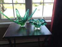 PAIR OF BEAUTIFUL CHALET ART GLASS
