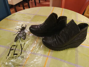 "Brand New Black Women's London Fly Ankle Shoes ""YIP"" style"