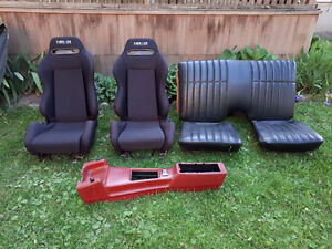 Camaro Seats and Console
