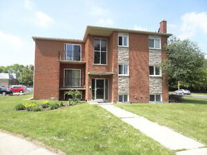6 LEACREST COURT KITCHENER ONE BEDROOM AVAILABLE JAN/1
