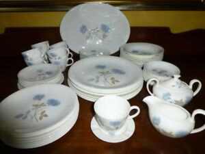 Wedgwood ICE ROSE Dinner Set - Excellent Condition