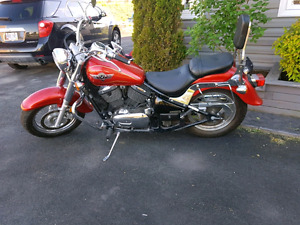REDUCED! $3200 2005 KAWASAKI VULCAN CLASSIC  800 WITH WINDSHIELD