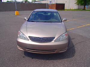 2002 Toyota Camry LE V6  173.000km. $ 2600.00