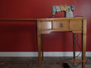 Singer Sewing Machine - Vintage in Cabinet