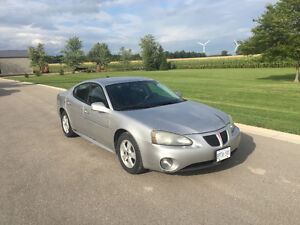 2006 Pontiac Grand Prix Base Sedan