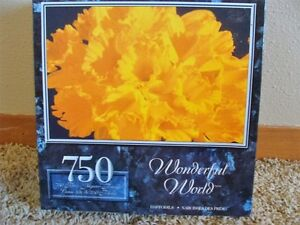 Daffodils Puzzle. Unopened. 750 pieces.