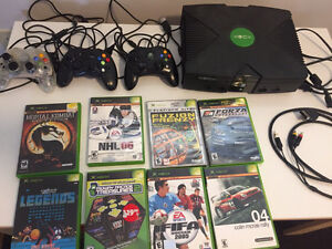 Xbox, controllers, games and tv