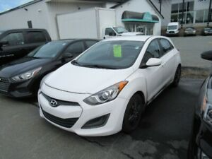 2014 Hyundai Elantra GT GL Auto Heated seats A/C Bluetooth