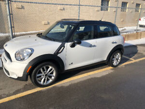 Priced to sell! - 2012 MINI Cooper Countryman S All4 Wagon