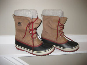 BRAND NEW!!! - Sorel 'Winter Carnival' Boots - Women's Size 7.5