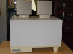 Système de son avec sub pour ordinateur VALEUR DE : $200.00