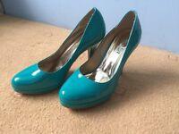 Second hand high heels