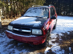 2000 CHEVY TRACKER