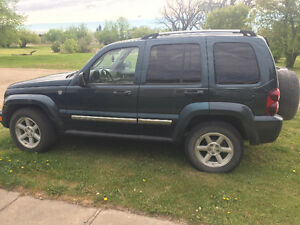 2005 Jeep Liberty SUV, Crossover