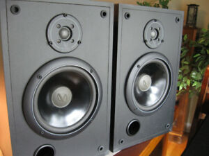 FOR SALE Infinity SM-82 Studio Monitor Series Loudspeaker System