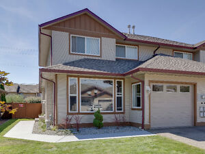 #6 5200 25 Avenue - Great Yard!
