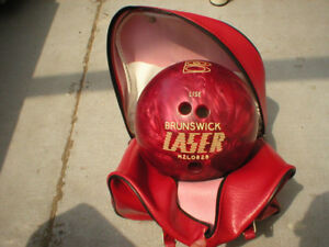 BOULE QUILLE BOWLING BALL LARGE WITH BAG SAC VALISE BRUNSWICK