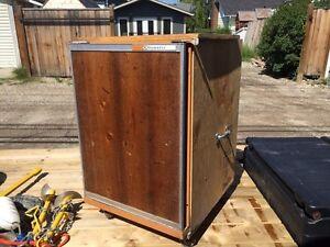 Portable Propane/Electric fridge