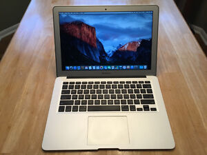 "13"" Macbook Air ( 1.4Ghz Intel i5 / 8GB / 512GB ) Mid 2014"