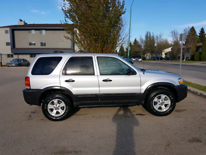 2006 Ford Escape XLT 4WD.  Must See!