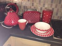 Selling red and white kitchen set