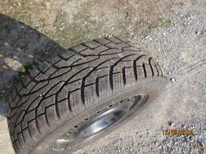 4 pneus d'hiver 195-65-R15