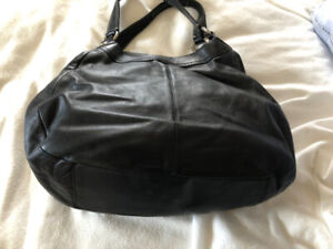 Large Black Leather Coach Bag With Buckle