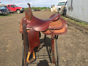 Saddle and pad for sale western saddle